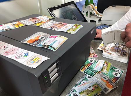 Imprimante couleur d'étiquette PROFESSIONNELLES LX910e