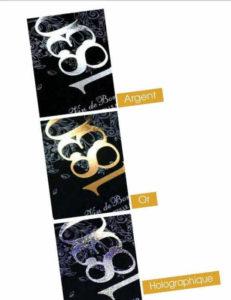 étiquette autocollante avec dorure à chaud - Dorure à chaud Application à chaud d'une feuille dorée ou argentée sur Impression d'étiquettes adhésives