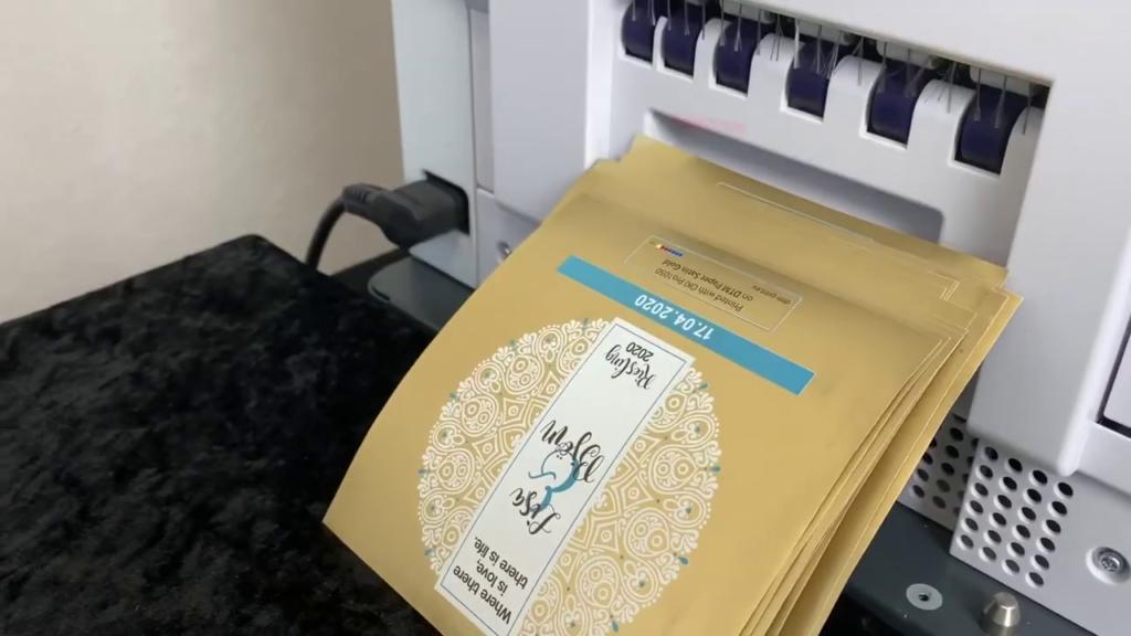 etiquettes adhésives-imprimantes etiquettes professionnelles-etiquettes autocollantes professionelles personalisees